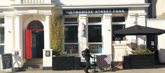 Attractive Restaurant Fronting Western Road - Hove